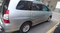 Cần bán xe Toyota Innova G đời 2012, màu bạc, số sàn