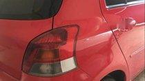 Cần bán gấp Toyota Yaris AT đời 2011, màu đỏ, xe đẹp như mới