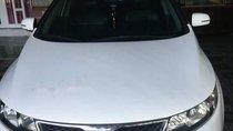 Cần bán Kia Forte đời 2012, màu trắng, xe máy móc êm