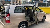 Bán Toyota Innova 2.0V 2014, màu vàng, giá tốt