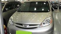 Bán Toyota Sienna LE đời 2008, màu bạc, xe nhập, 710 triệu