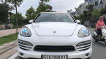 Bán xe Porsche Cayenne sản xuất 2011, màu trắng, nhập khẩu