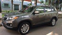 Nhà mình cần bán chiếc xe Kia Sorento đời 2011 số tự động, màu xám