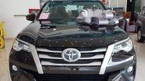 Cần bán Toyota Fortuner 2.4 năm sản xuất 2018, màu đen