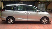 Cần bán gấp Toyota Previa 2.4AT năm 2010, màu bạc, xe nhập