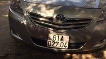 Cần bán gấp Toyota Vios 2011, màu bạc, giá tốt