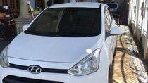 Bán ô tô Hyundai Grand i10 sản xuất 2015, màu trắng, xe nhập xe gia đình giá cạnh tranh