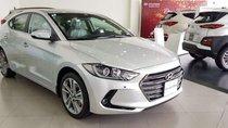 Bán Hyundai Elantra năm sản xuất 2019, màu bạc, giá chỉ 200 triệu
