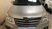 Bán Toyota Innova 2.0 E đời 2016, màu bạc, 600 triệu