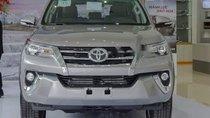 Cần bán xe Toyota Fortuner đời 2018, màu bạc, nhập khẩu nguyên chiếc