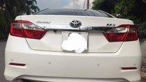 Cần bán xe Toyota Camry sản xuất 2014, 820tr