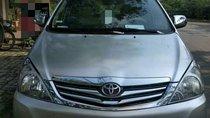 Bán Toyota Innova năm 2010, màu bạc, giá tốt
