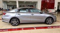 Bán xe Kia Cerato năm sản xuất 2019, màu bạc, 635tr