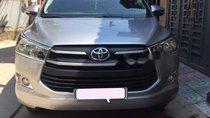 Bán ô tô Toyota Innova 2.0E sản xuất 2017, màu bạc, 699tr