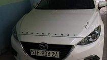 Bán Mazda 3 1.5 đời 2016, màu trắng, 599 triệu