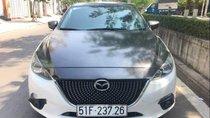 Cần bán xe Mazda 3 đời 2015, hai màu xe gia đình