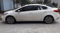 Cần bán lại xe Kia K3 1.6 AT năm sản xuất 2015, màu trắng chính chủ, 520 triệu