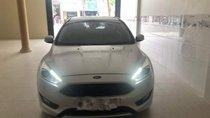 Cần bán lại xe Ford Focus sản xuất 2018, màu bạc như mới giá cạnh tranh