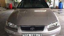 Cần bán Toyota Camry GLi 2.2 đời 2001 chính chủ, giá 255tr