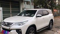 Cần bán gấp Toyota Fortuner 2.4 MT năm sản xuất 2017, màu trắng