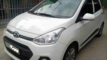 Bán ô tô Hyundai Grand i10 1.2AT sản xuất năm 2015, màu trắng, xe nhập xe gia đình