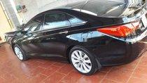 Cần bán gấp Hyundai Sonata năm 2011, màu đen, xe nhập xe gia đình, giá 550tr