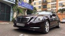 Cần bán gấp Mercedes E250 sản xuất năm 2011, giá chỉ 920 triệu