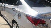 Bán ô tô Hyundai Accent năm 2012, màu bạc xe gia đình