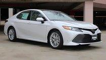 Bán Toyota Camry XLE 2.5 AT đời 2019, màu trắng, nhập khẩu