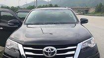 Cần bán xe Toyota Fortuner sản xuất 2017, màu đen, xe nhập