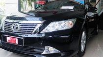 Bán xe Camry 2.0E sản xuất 2012, màu đen VIP, trả góp 70%