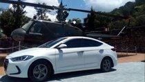 Bán xe Hyundai Elantra 1.6 MT sản xuất năm 2016, màu trắng, xe đẹp, giữ rất cẩn thận, không trầy xước