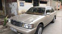 Bán Toyota Crown đời 1995, màu bạc, nhập khẩu