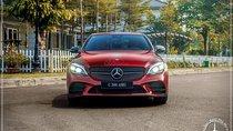 Bán Mercedes C300 AMG Facelift new 2019 - LH 0919 528 520- Hỗ trợ Bank 80%- Nhiều ưu đãi khi mua xe - Xe giao ngay