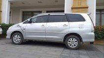 Cần bán lại xe Toyota Innova 2009, màu bạc, xe đẹp, máy êm