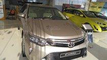 Toyota Camry 2.0E sản xuất năm 2019, màu vàng giá cạnh tranh - xe giao ngay