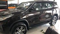 Bán xe Toyota Fortuner 2.4G AT máy dầu đời 2019, màu nâu, xe nhập