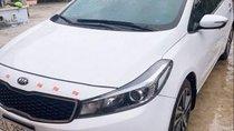 Cần bán xe Kia Cerato năm sản xuất 2017, màu trắng