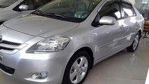 Bán Toyota Vios 1.5E đời 2010, màu bạc, giá tốt