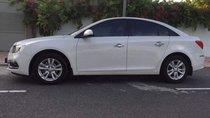 Gia đình bán Chevrolet Cruze đời 2016, màu trắng, 405 triệu