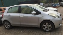 Bán xe Toyota Yaris năm sản xuất 2007, đăng ký năm 2008, màu bạc, nhập khẩu nguyên chiếc, giá tốt
