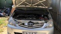 Chính chủ bán xe Toyota Innova V 2010, màu bạc, bản full