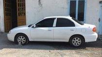 Cần bán xe Kia Spectra sản xuất 2005, màu trắng