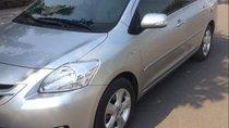 Cần bán xe Toyota Vios đời 2009, màu bạc xe gia đình