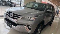 Bán xe Toyota Fortuner 2.7V AT 2019, màu bạc, nhập khẩu nguyên chiếc, hỗ trợ vay 100% giá trị xe