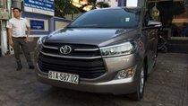 Cần bán xe Toyota Innova năm sản xuất 2017, màu xám