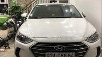 Bán Hyundai Elantra sản xuất 2017, màu trắng, giá 530tr