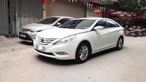 Bán Hyundai Sonata năm sản xuất 2010, màu trắng, nhập khẩu số tự động, 525 triệu