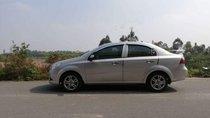 Bán Chevrolet Aveo đời 2014, màu bạc xe gia đình, giá chỉ 305 triệu
