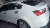 Cần bán lại xe Kia Rio 1.4 AT đời 2016, màu trắng